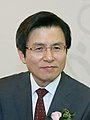 Hwang Kyo-ahnrio.jpg