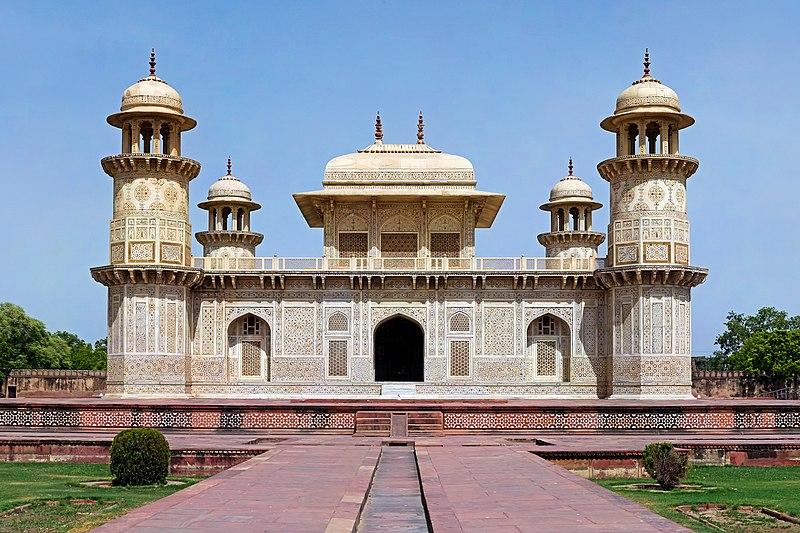 India, Tomb of I'timād-ud-Daulah, lord treasurer of the empire, Agra, 1622.