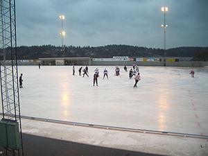 Katrineholm Värmbol BS - Bandy game between Helenelunds IK and Katrineholm Värmbol BS in Allsvenskan, at the Helenelund home ice Sollentunavallen, season 2008/2009.