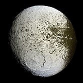 Iapetus as seen by the Cassini probe - 20071008
