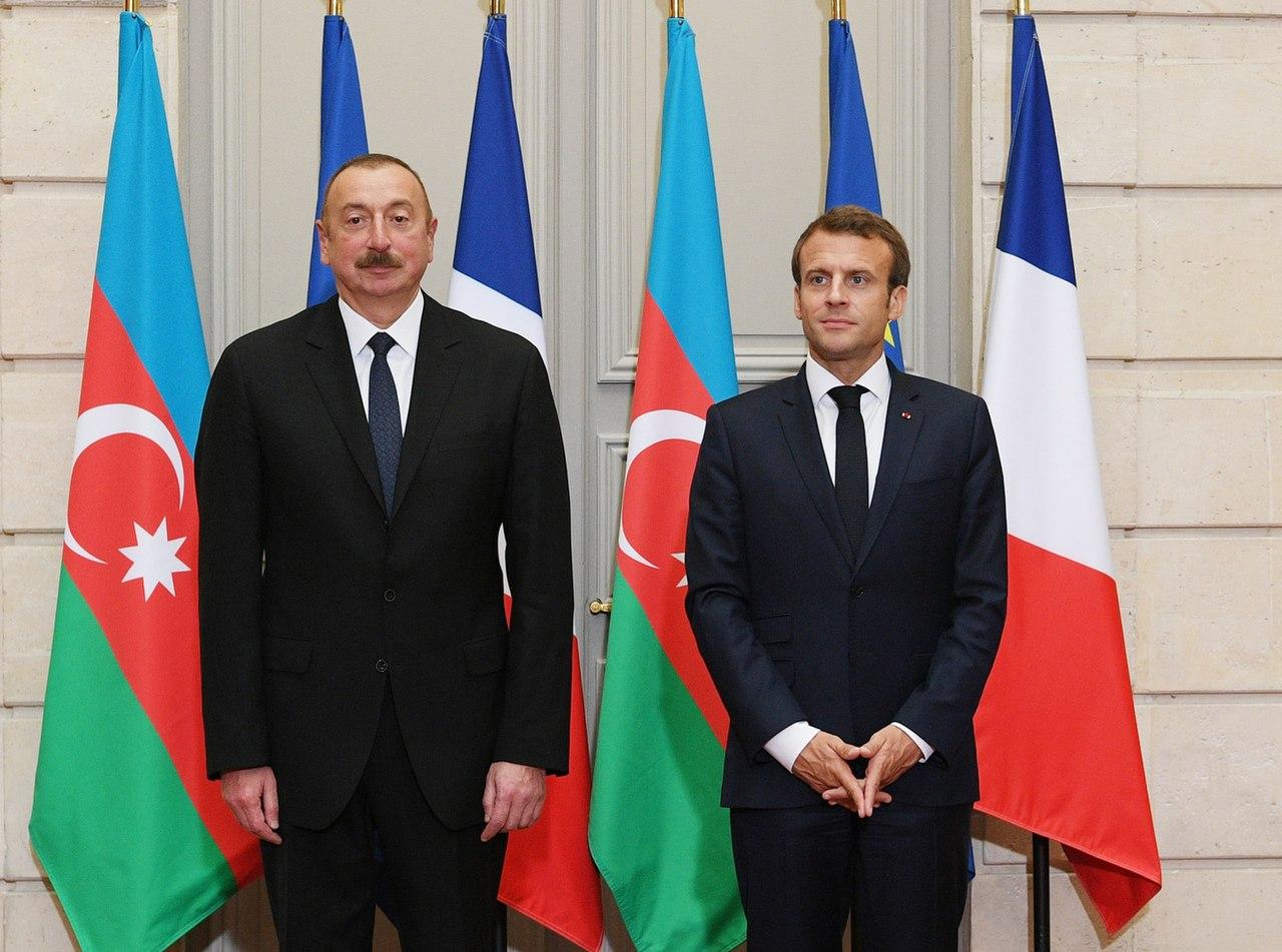 Ilham Aliyev met with French President Emmanuel Macron 11.jpg