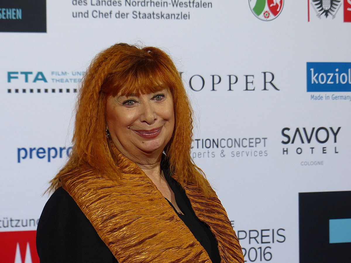 Inge Maux