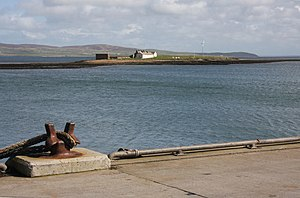 Inner Holm - Inner Holm from Stromness harbour at mid-tide