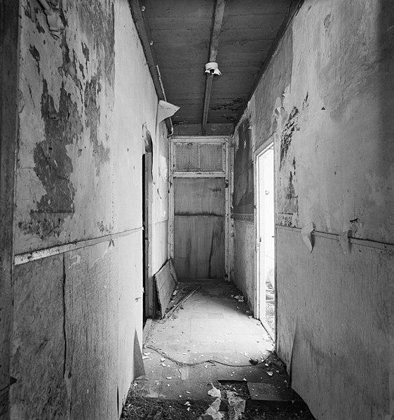 File interieur boerderij overzicht gang rosmalen for Interieur lievens
