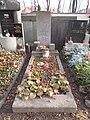 Irena Kačírková-hrob, Hřbitov Bubeneč (07).jpg