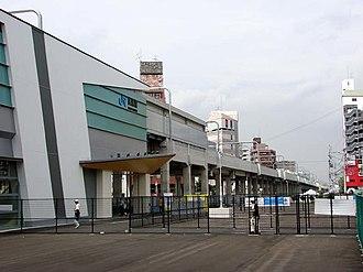 Nagai Station (Osaka) - JR station building