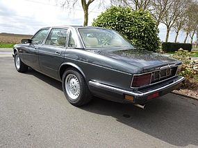 Jaguar XJ40 Sovereign - Gris Gun Metal