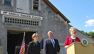 Jeanne Shaheen - Jeanne Shaheen with U.S. Agriculture Secretary Tom Vilsack and New Hampshire Agriculture Commissioner Lorraine Merrill announcing a grant that helps local farms turn commodities into value-added products.