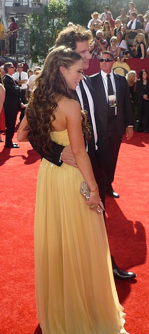 Jamie Kennedy - Kennedy with then-girlfriend, Jennifer Love Hewitt, at the 2009 Primetime Emmy Awards
