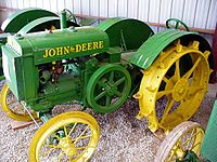 List of john deere tractors wikivisually john deere model d tractor fandeluxe Choice Image
