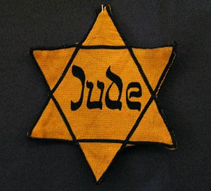Yellow badge Star of David called