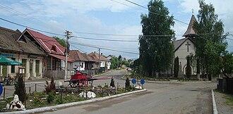 Mereni, Covasna - Image: Kézdialmás központja