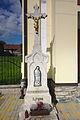 Kříž před kaplí, Brumov, okres Brno-venkov.jpg