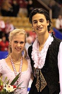 Kaitlyn Weaver Andrew Poje 2009 Skate Canada.jpg