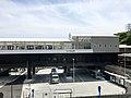 Kanazawa-hakkei-station-building.jpg