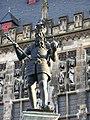 Karl der Große auf dem Karlsbrunnen - panoramio.jpg