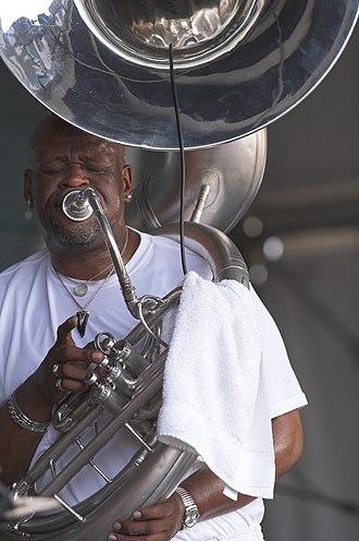 Kirk Joseph - Image: Kirk Josph Sousaphone Jazzfest 2008
