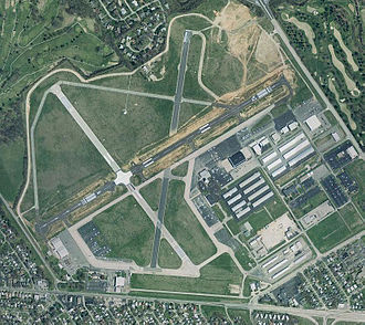 Bowman Field (airport) - Image: Klou (USGS)