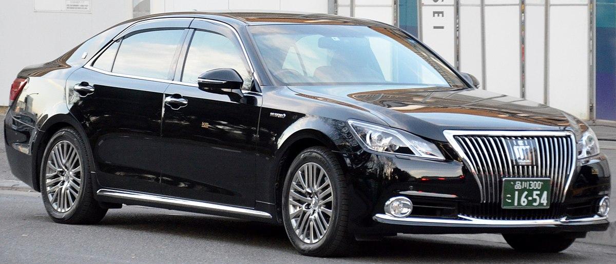 Toyota Crown Majesta - Wikipedia