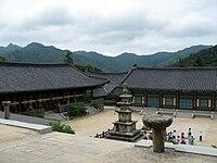 Korea-Haeinsa-04.jpg