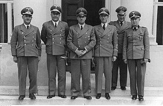 Administrative division of Polish territories during World War II - Hans Frank with districts administrators in 1942 from left: Ernst Kundt, Ludwig Fischer, Hans Frank, Otto Wächter, Ernst Zörner, Richard Wendler.