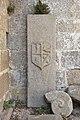 Lápida nas ruínas de Santa Mariña Dozo - Cambados-CA29.jpg