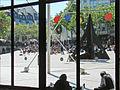La piazza devant le centre Georges Pompidou (Paris) (7195537716).jpg