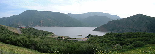 Lake-Castaic-pano