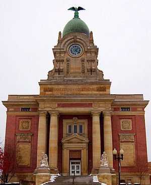 Lake County, Ohio - Image: Lake County Courthouse