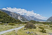 Landscape in Mount Cook National Park 24.jpg