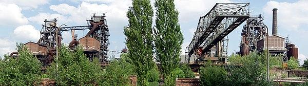 Landschaftspark Duisburg-Nord - vom Sinterplatz aus.jpg