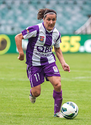Lisa De Vanna - De Vanna playing for Perth Glory in 2012