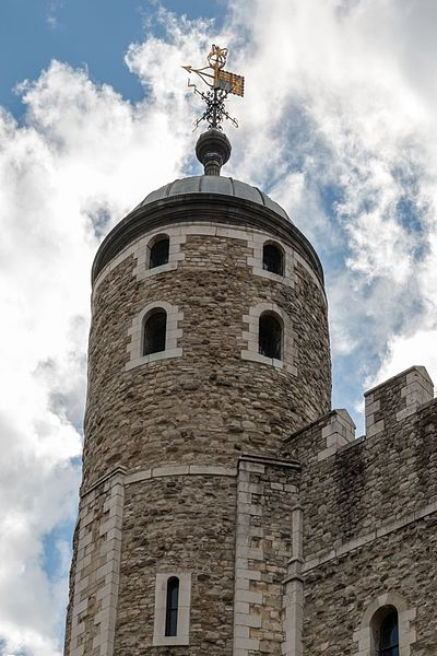 File:London, Tower of London, White Tower -- 2016 -- 4679.jpg