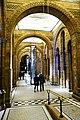 London Museum of Natural History (38775501440).jpg