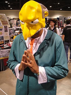Long Beach Comic & Horror Con 2011 - Mr Burns (6301177321).jpg