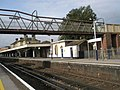 Looking across from Platform 2 to Platform 1 at Aldershot Station - geograph.org.uk - 993151.jpg