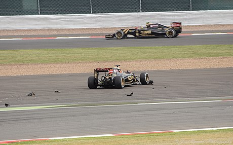 Lotus accident Britain 2015