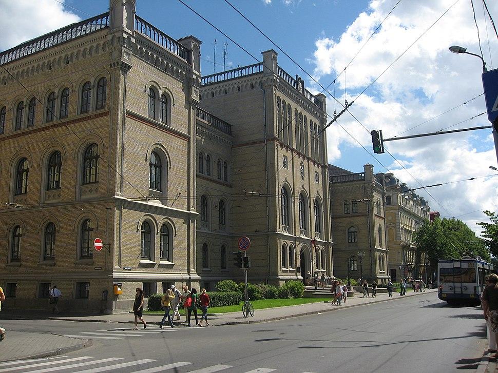 Lotyšská univerzita