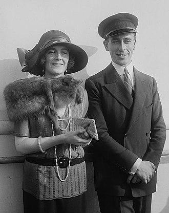 Edwina Mountbatten, Countess Mountbatten of Burma - Edwina and her husband, early 1920s
