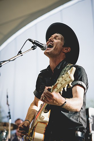 Luke Doucet - Doucet performing in 2015.