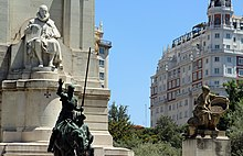 Monument of Cervantes erected in 1929, Madrid. (Source: Wikimedia)