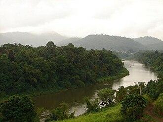 Mahaweli River - Mahaweli River flowing through Gampola