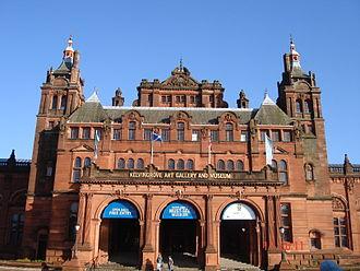 Glasgow art - Image: Main Entrance of the Kelvingrove Art Meseum