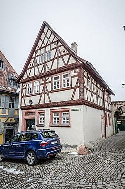 Mainbernheim, Scheuerleinsplatz 2-001.jpg