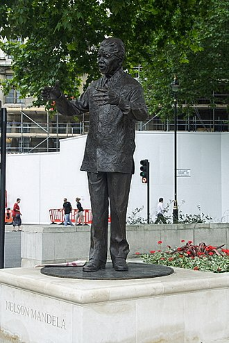Parliamentary system - Statue of President Nelson Mandela of South Africa in Parliament Square, London