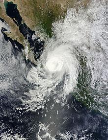 Imagen satelital del huracán Manuel (2013), el ciclón tropical más costoso registrado en el Pacífico nororiental, que tocó tierra en el noroeste de México