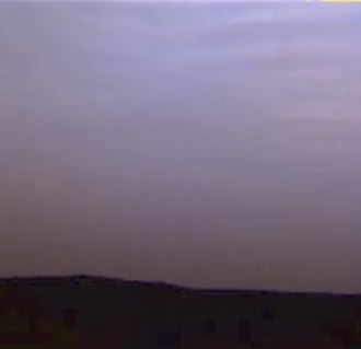 Astronomy on Mars - Mars sky turned violet by water ice clouds