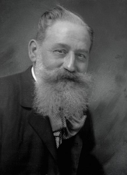 File:Martin Gerlach sen. (1846–1918) 1905 © Hermann Clemens Kosel (1867–1945).jpg