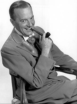 Maurice Evans (actor) - Evans in 1956