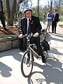 MayorDarwinHindmanOnBicycle2009.jpg